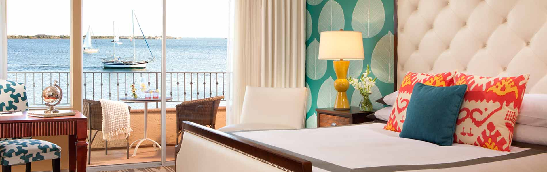 Kona Kai Resort waterfront guest rooms