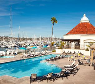 Oceanfront pool in San Diego at Kona Kai Resort
